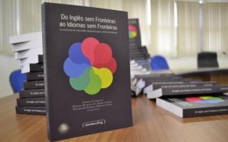 Livro Do Inglês sem Fronteiras ao Idiomas sem Fronteiras