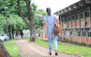 estudante saúde psicológica