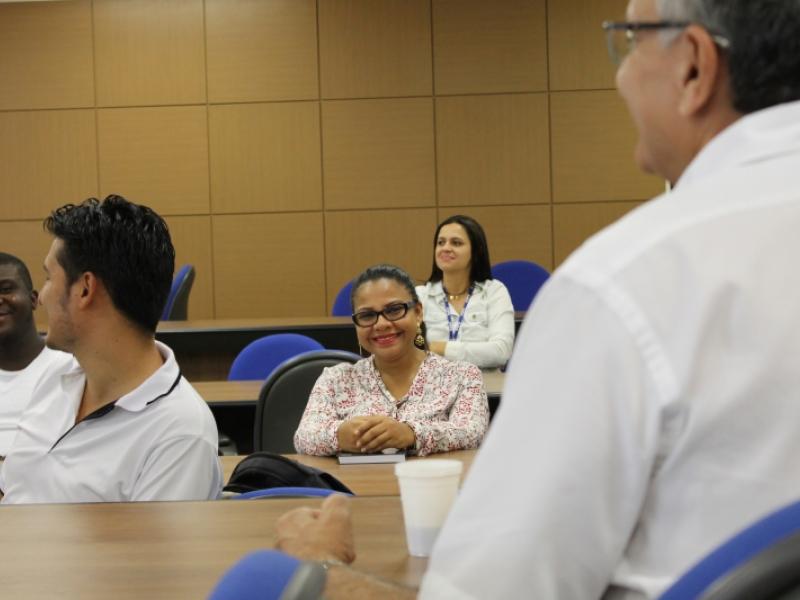 Reunião com estudantes
